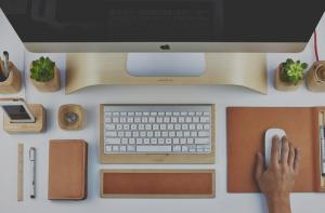 7 Peralatan Kantor Serbaguna yang Wajib Ada di Meja Kerja